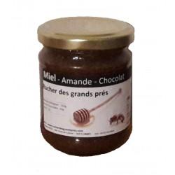 Miel, amandes et cacao